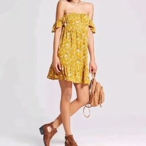 Mossimo XL dress, mustard color